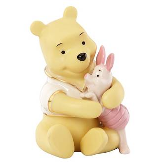 Winnie The Pooh - A Bear Hug for Piglet